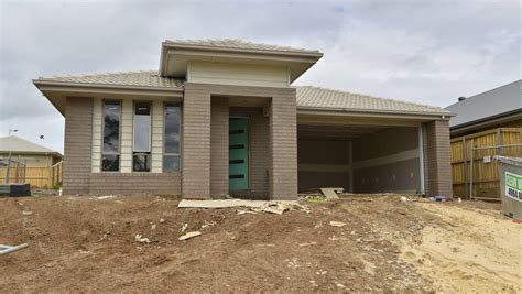 home franchise closes in mid construction the
