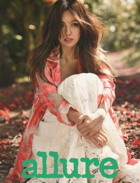 lee hyori swing lee hyori looks beautiful in green for allure soompi