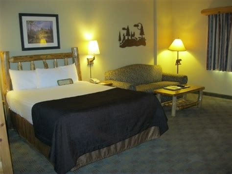 rooms to go grapevine great wolf lodge grapevine grapevine tx kid friendly hotel rev trekaroo