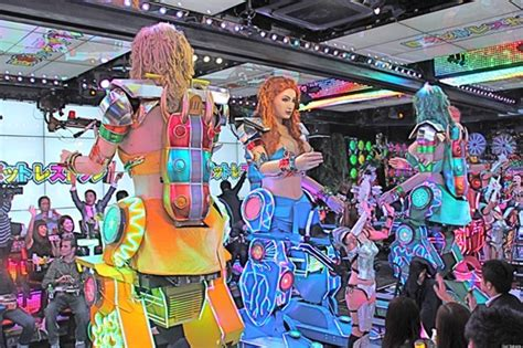 tokyo s robot restaurant a bonus level for adventurous