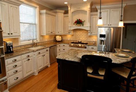 cream colored kitchen cabinets with black appliances home design clipgoo cream kitchen cabinets with black appliances home