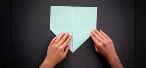 How To Make A Folded Paper - how to fold a easy and origami seashell