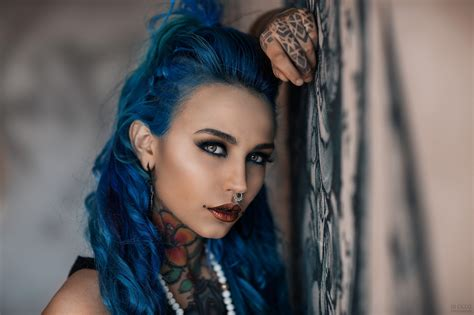 tattoo girl blue hair fishball suicide felisja piana women dyed hair