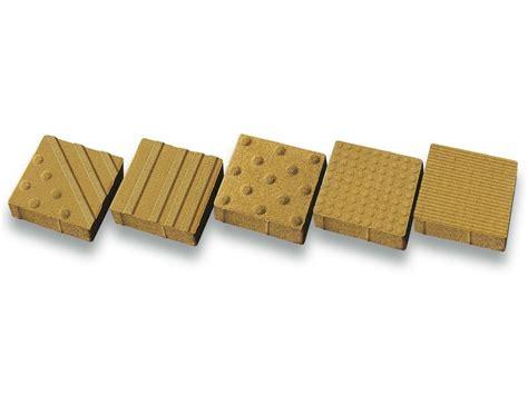 pavimenti tattili pavimento tattile in calcestruzzo trix tegolaia