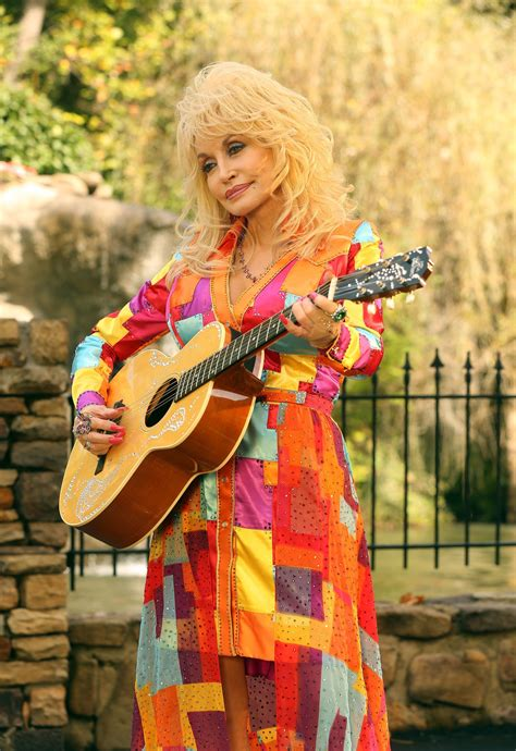 coat of many color dolly parton singing song coat of many colors dolly