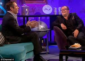 tom cruise couch incident david walliams mocks tom cruise as he presents his own