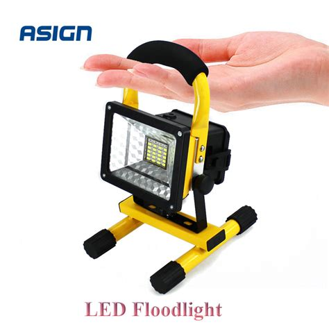 portable outdoor spot lights led floodlight rechargeable portable spotlight movable