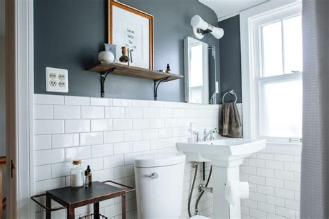 Paint Colors For Small Bathrooms - best paint colors for small bathrooms apartment therapy