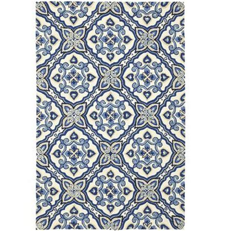 Pier One Indoor Outdoor Rugs Pattern Reminiscent Of Antique Majorcan Tile In A Indigo Mediterranean Rugs Pier1