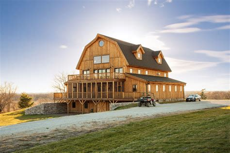 Floor Plans 1000 Square Feet by Is This A Rustic Barn House Or A Modern Mansion Oh Wait