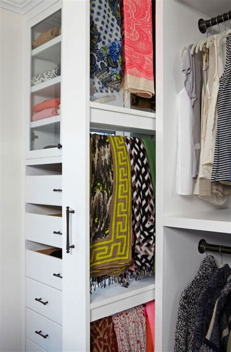 Scarf Racks For Closets by Best 25 Scarf Rack Ideas On Belt Storage Diy Decoupage Clothes Hangers And Diy
