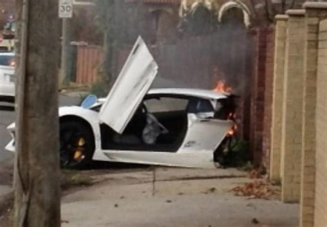 lamborghini aventador split in half lamborghini splits in half after collision ny