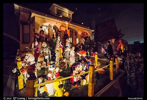 best decorated homes picture photo house with halloween decorations petaluma california usa
