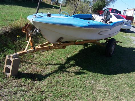 pictures of glastron boats glastron surflite boat for sale from usa