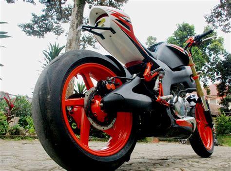 Footstep Suzuki Thunder Asli warih modifikasi suzuki thunder 250 bagus dhono warih