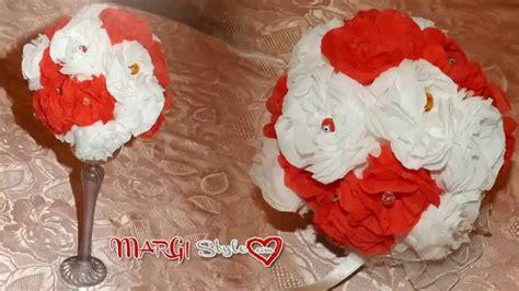 fiori con fazzoletti di carta centrotavola con fiori di carta fatti a mano