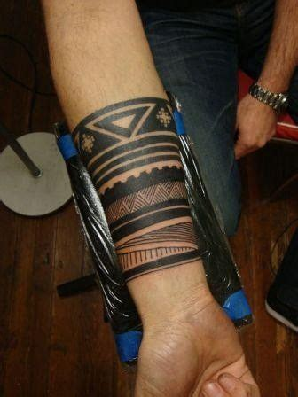 tribal cuff tattoo 17 best ideas about arm cuff on henna