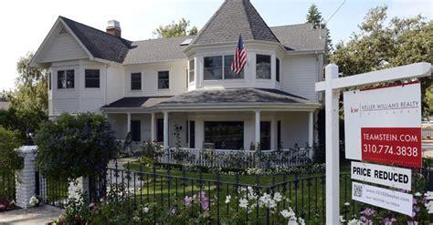 financial considerations when buying a house buying homes legal and financial considerations el tiempo latino noticias de