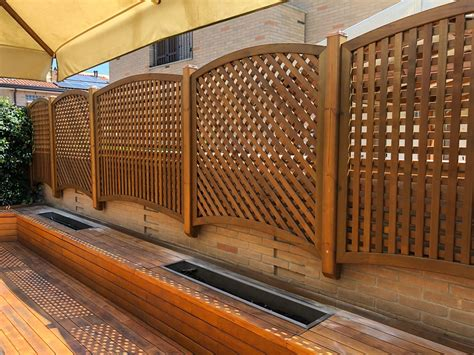 griglie in legno per interni griglie e grigliati in legno per privacy cereda legnami