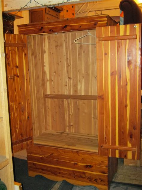 Cedar Wardrobe Closet by Cedar Wardrobe Closet Price Home Design Ideas