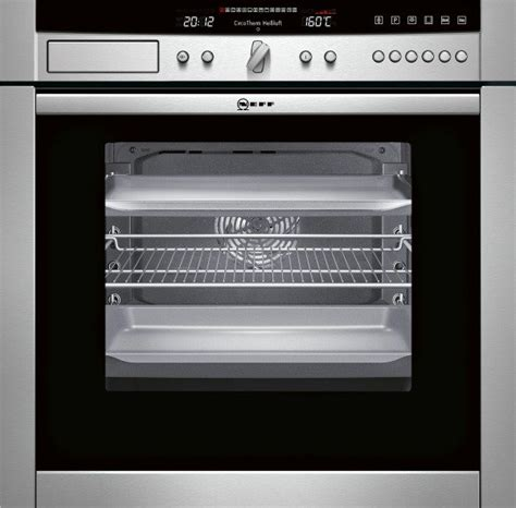 neff b46c74n3gb aquaassist 60cm wide single oven with