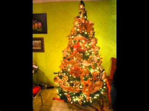 arbol d enavidad con colores naranjas decorar tu arbol de navidad gastar mucho