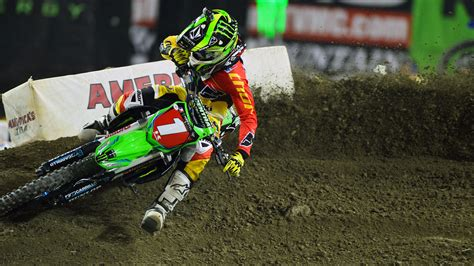 motocross gear toronto ryan villopoto wins ama supercross round 12 at toronto