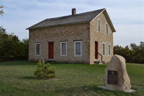 image of house file leander reeve stone house rural hton iowa jpg
