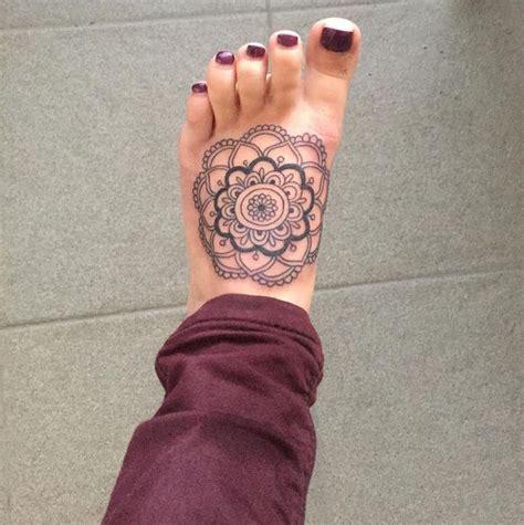 mandala tattoo girly 135 best mandala tattoos images on pinterest female