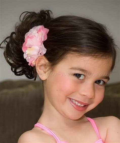 girl hairstyles com flower girl hairstyles flowergirl hairstyles flower