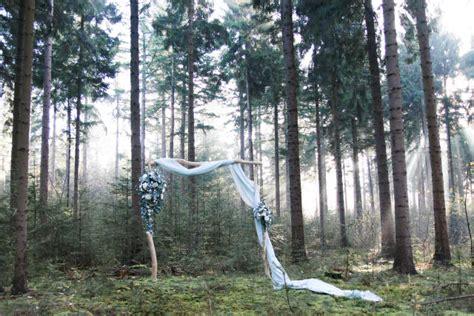Wedding Arch Tree Branches by 30 Charming Blue Winter Wedding Ideas Weddingomania