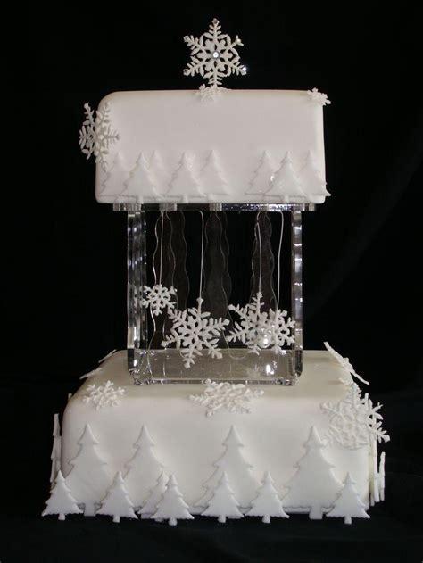 Hochzeitstorte Winter by Winter Hochzeit Winter Hochzeitstorte 2063415 Weddbook