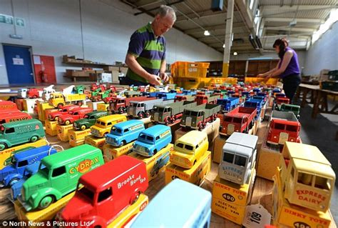 Kereta World By Toys by Dinky Cars Collection Set To Sell For 163 100 000 Daily