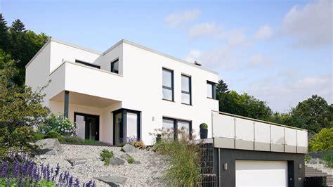 flachdachhaus mit garage bauhausstil f 97 10 www fingerhuthaus de