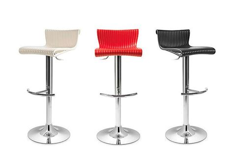 sgabelli bar design oltre 25 fantastiche idee su sgabelli da bar moderni su