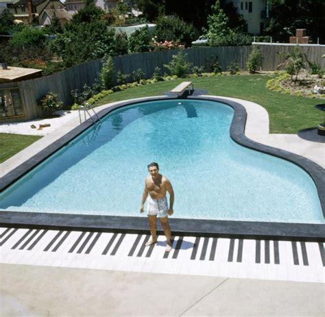 Gestaltung Rund Um Den Pool by Pool Rund Amazing Pooldesign Bild Rund Modernes Design