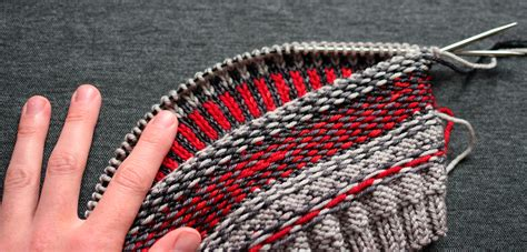 how to knit fair isle fair isle knitting technique for the experts