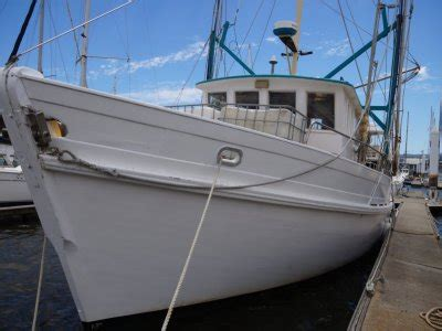 boat brokers tas commercial vessels used boats fishing boats boat sales