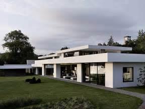 futuristic white modern dream house iroonie com