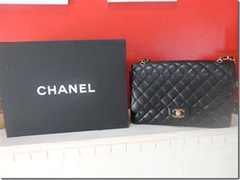 Harga Chanel Maxi Caviar contact pv for a chanel pencinta merah lover