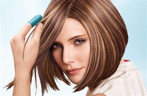 cabello corto con mechas y luces as lo usan las famosas rayitos para el pelo descubre que color te favorece