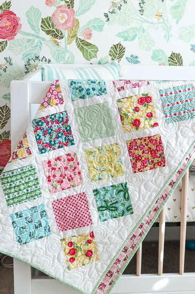 diy easy quilts diy baby gifts 15 baby quilt patterns for your next shower favequilts
