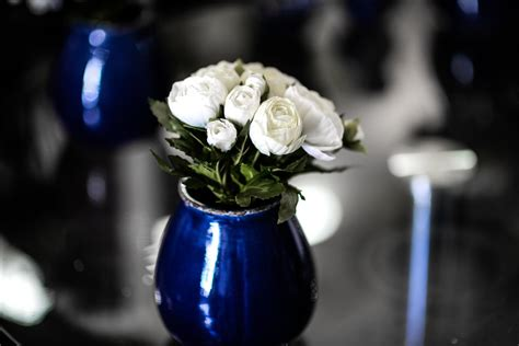 would you like to decorate a vase with just coins 4 considerations to buy ideal decorative vase for your