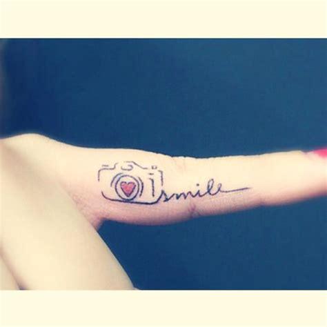 tattoo camera finger as tatuagens de profiss 245 es que mostram o amor pela