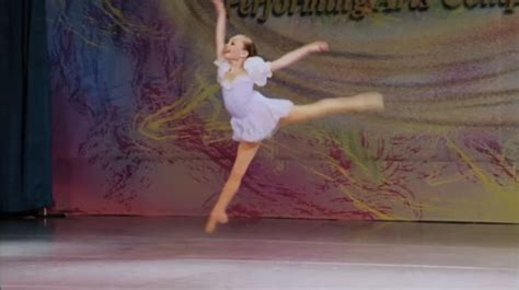 dance moms maddie ziegler cry dance moms when maddie falls newhairstylesformen2014 com