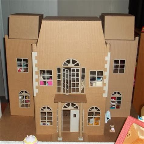 how to build doll houses all things crafty homemade holiday dollhouse