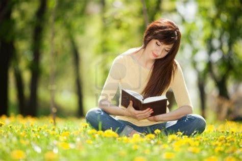 imagenes mujeres leyendo leyendo leyendo el foro libre