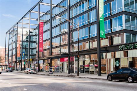 chicago housing 1237 west student housing chicago il apartment finder