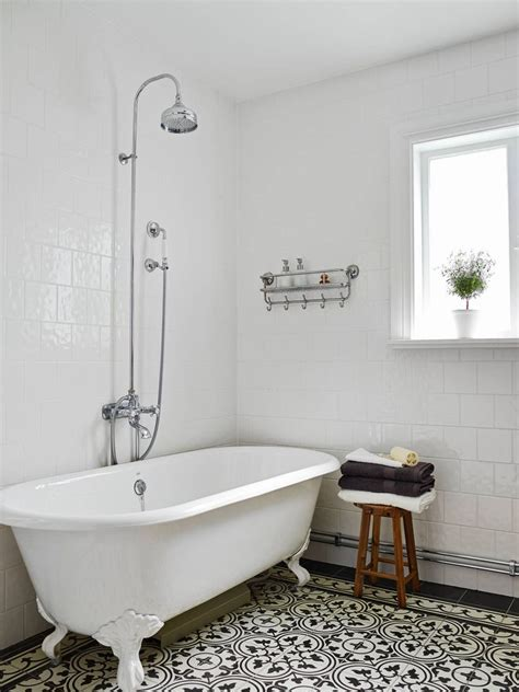 old fashioned bathroom ideas 17 best ideas about retro bathroom decor on pinterest