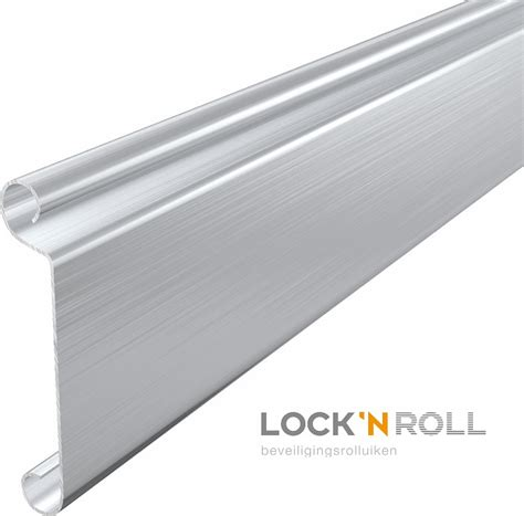 beverly johnson lock n roll latch hook hair where to find lock n roll hair for latch hook styles